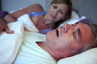 curare il russamento