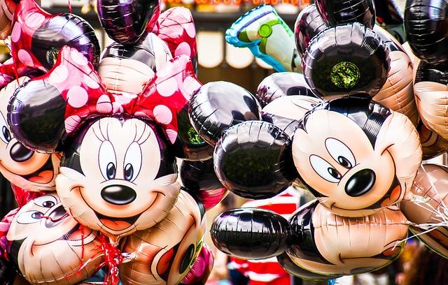 Costumi di Carnevale per Bambini e Adulti