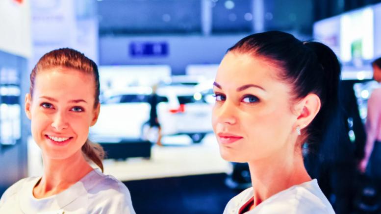 hostess per promozione di eventi a roma
